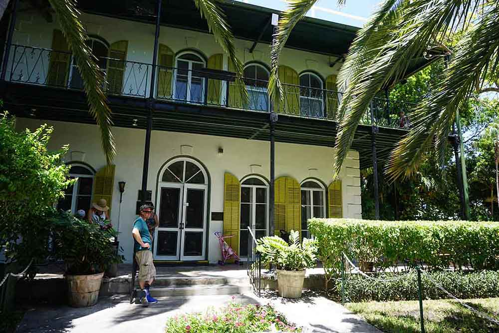 hemingwayhouse-web