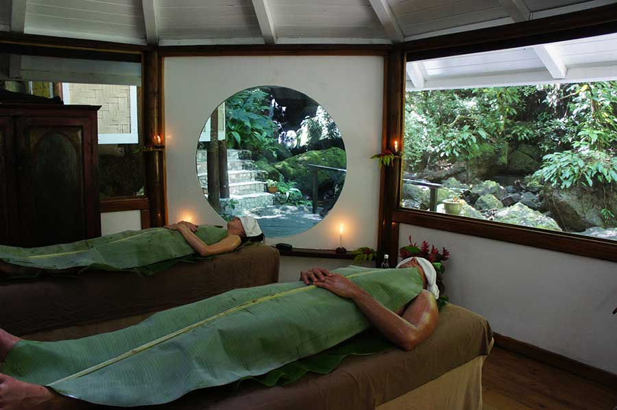 Banana Leaf massage, Rainforest Spa, Koro Sun Resort, Fiji