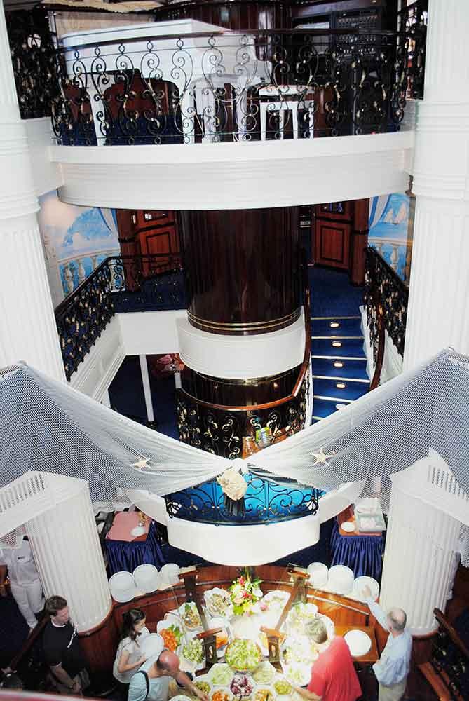 Atrium, Royal Clipper