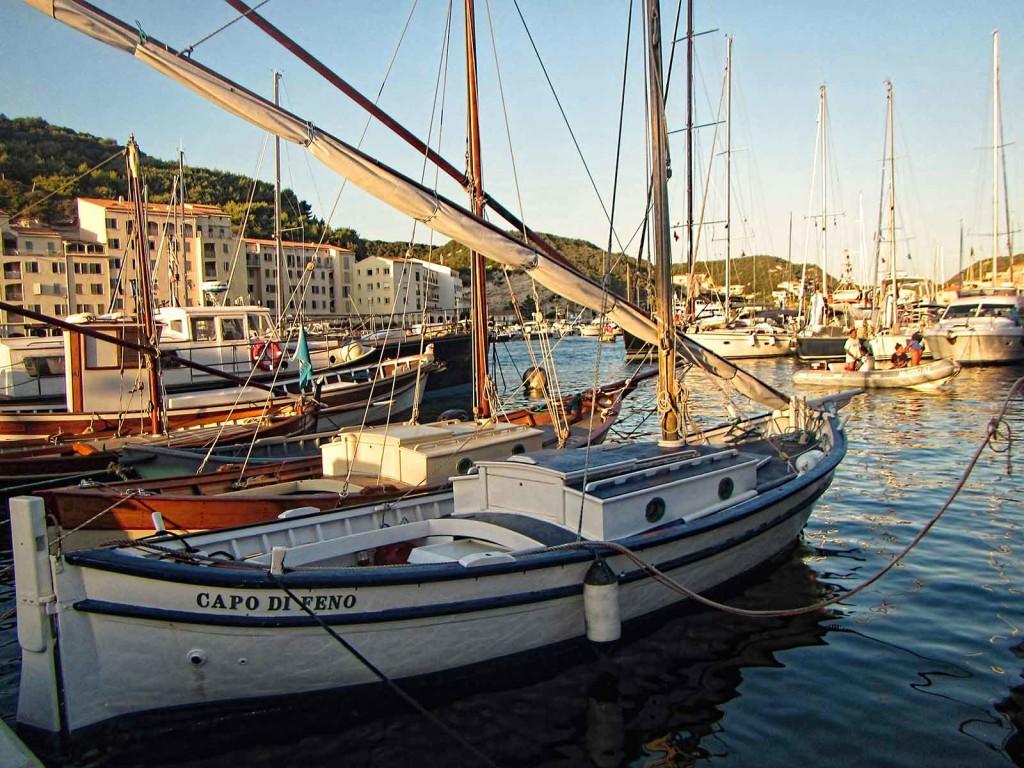 Bonifacio, Corsica, boat In harbor