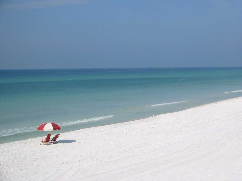 Destin, Florida's sugar white sand beach