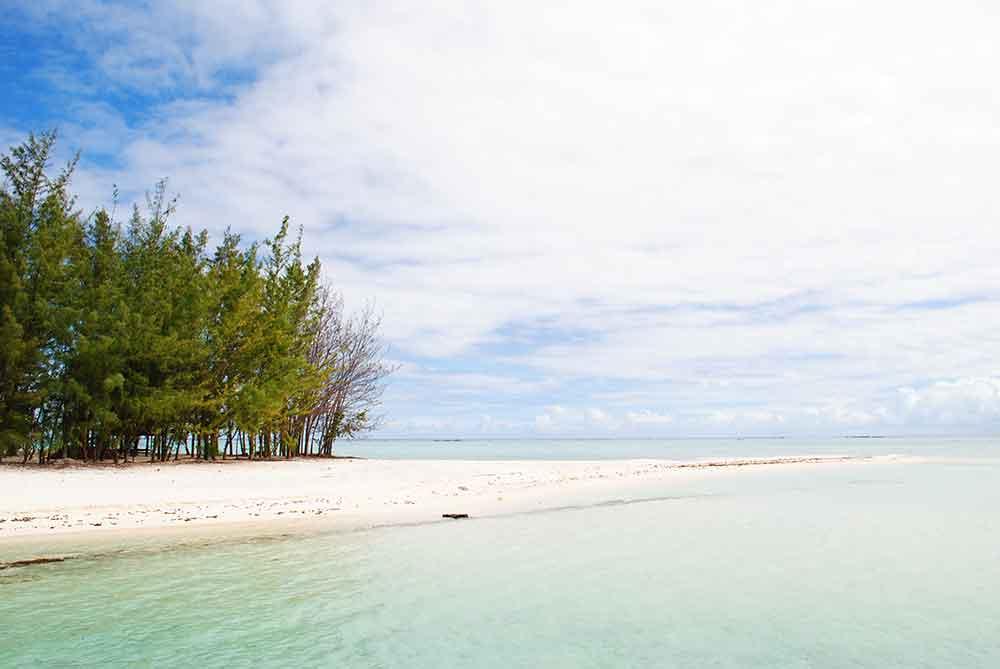 Motu Tapu beach alternate