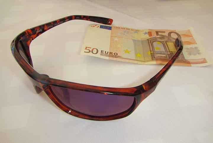 77ac5dfb8bf RheosGlasses-EuroBillWEB. Rheos sunglasses ...