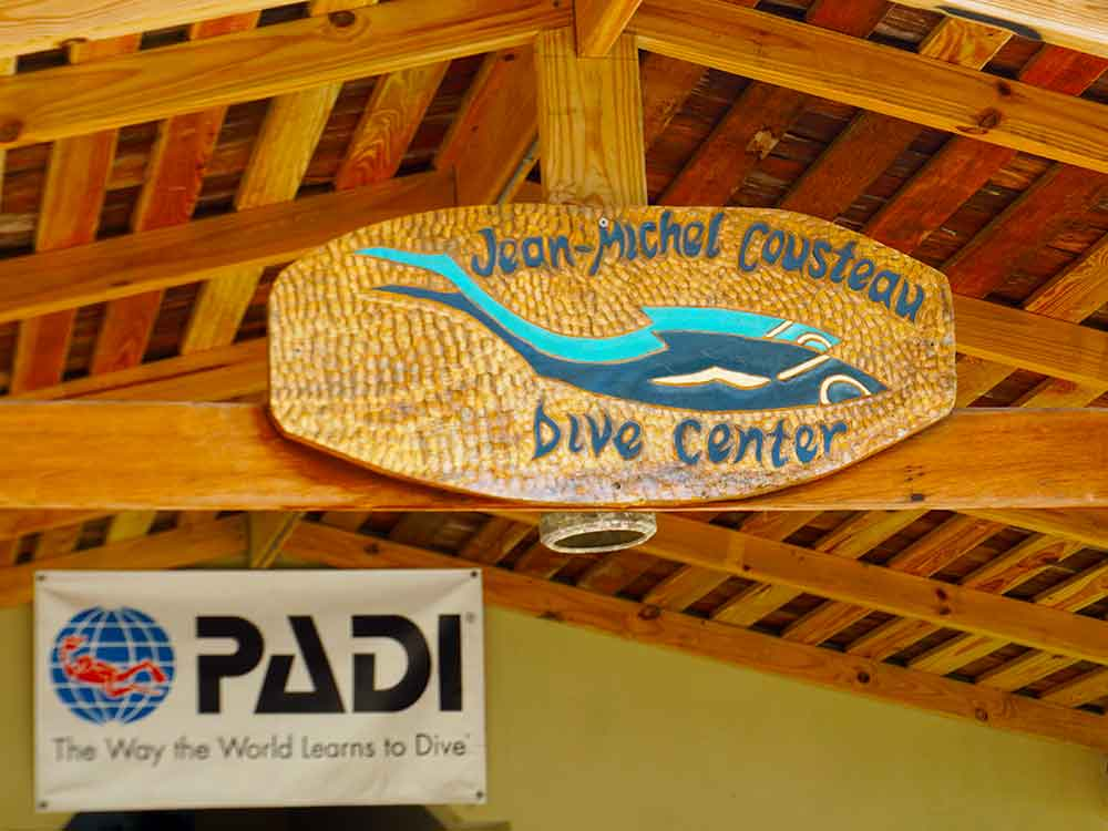 Jean-Michel Cousteau Dive Center, Petit St. Vincent