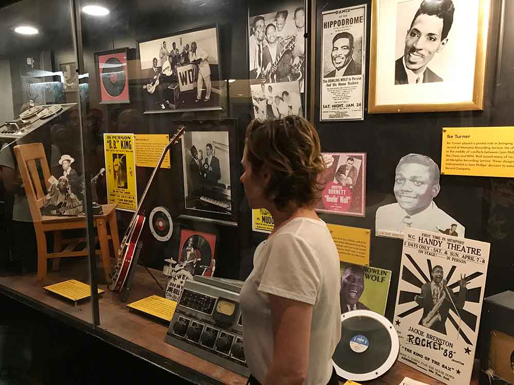 Sun Studio tour - Display Case and Lahna, tour guide