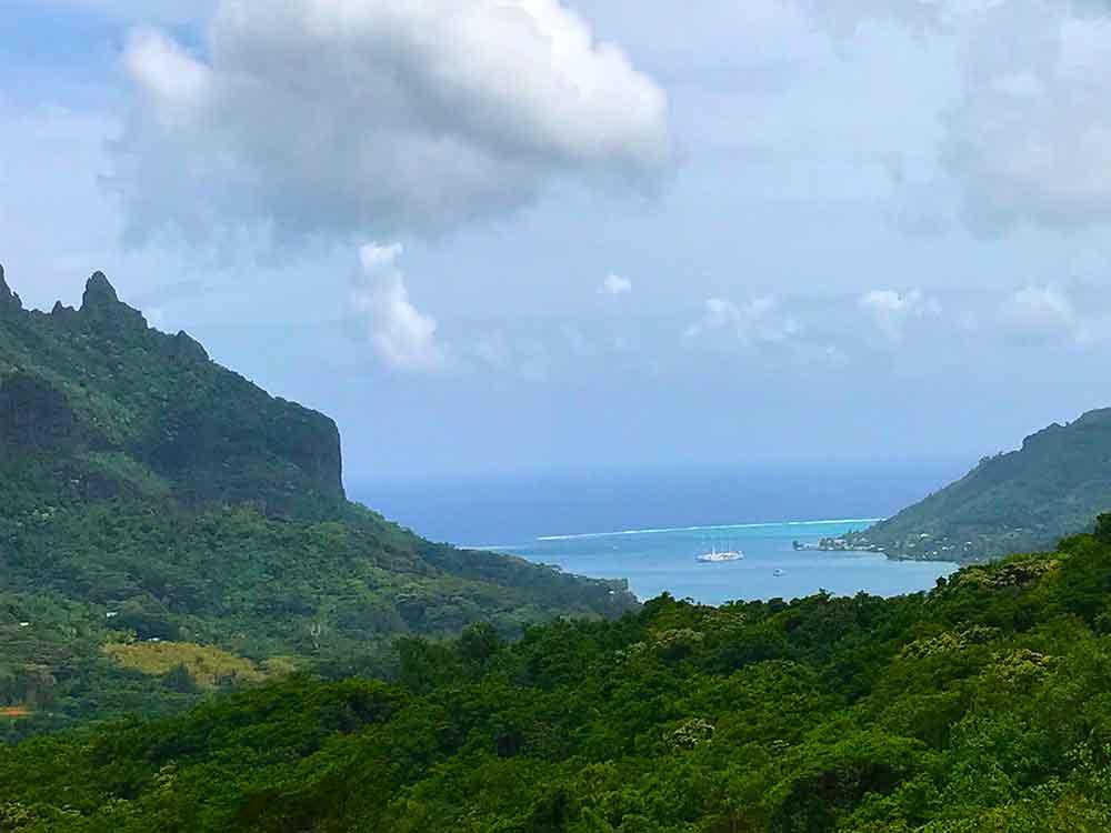 Tahiti And Tuamotus Choosing To Cruise Tropical Travel Girl